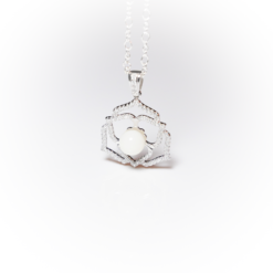 Platinum crystal flower | Remembrance jewellery