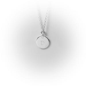 Silbernes Buchstabenplättchen | milk-design Manufaktur